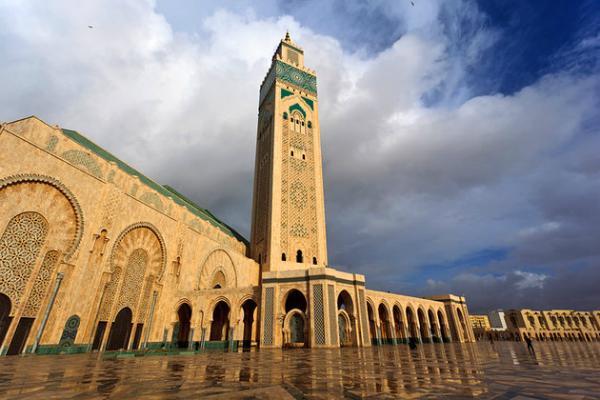 صفحات من تاريخ وحضارة المغرب الإسلامي