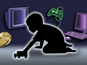 الأطفال والعاصفة الإعلامية